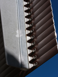 adjustable ventilation louvres for buildings